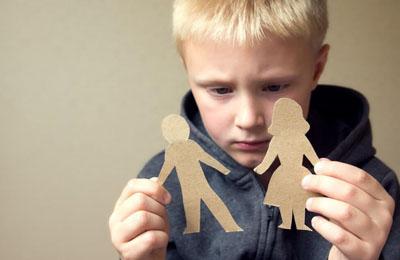 Лишение родительских прав матери: как лишить мать материнских прав за неучастие в жизни ребенка, основания, судебная практика