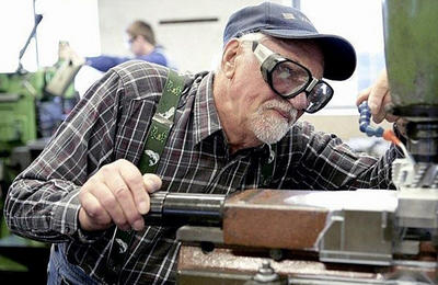 Какие льготы положены ветеранам труда в 2020 году