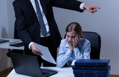 Незаконное увольнение с работы - что делать