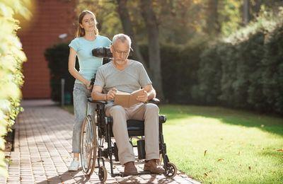 Пособие по уходу за инвалидом: размер выплат в 2021 году, основания для назначения компенсации, на сколько повысят